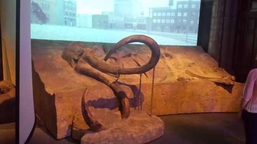On entry, one views a mammoth skeleton with a timelapse video backdrop that shows how the landscape (somewhere in USA) has changed since ~10,000 BCE.